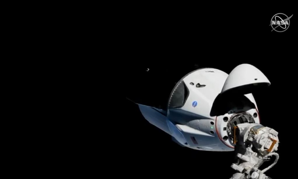 Falcon 9 (Dragon 2 Demo-1) - KSC - 02.03.2019 - Page 18 Captur11