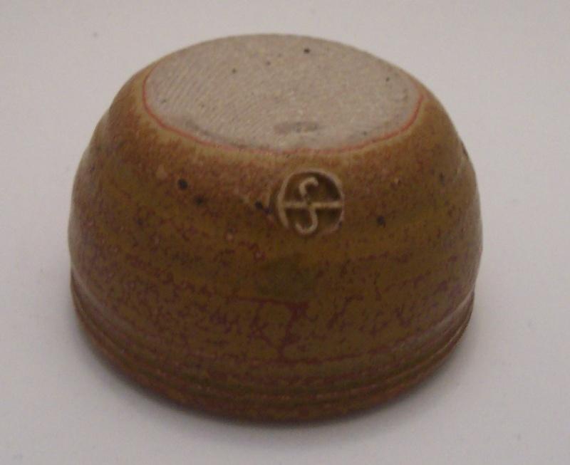 Sturt Pottery 00710