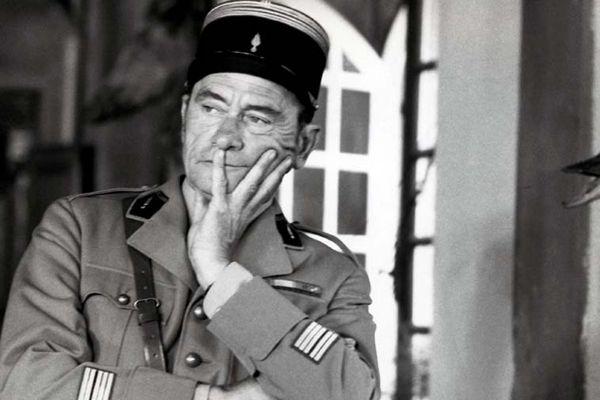 Robert Lamoureux 19679210