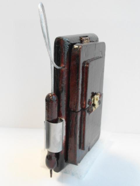 Reconstrucción de un celular al estilo Steampunk  Dsc00024