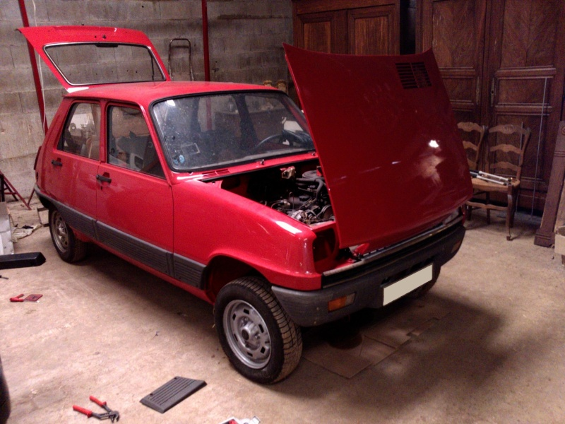 R5 GTL rouge 5 portes de 1981 3010