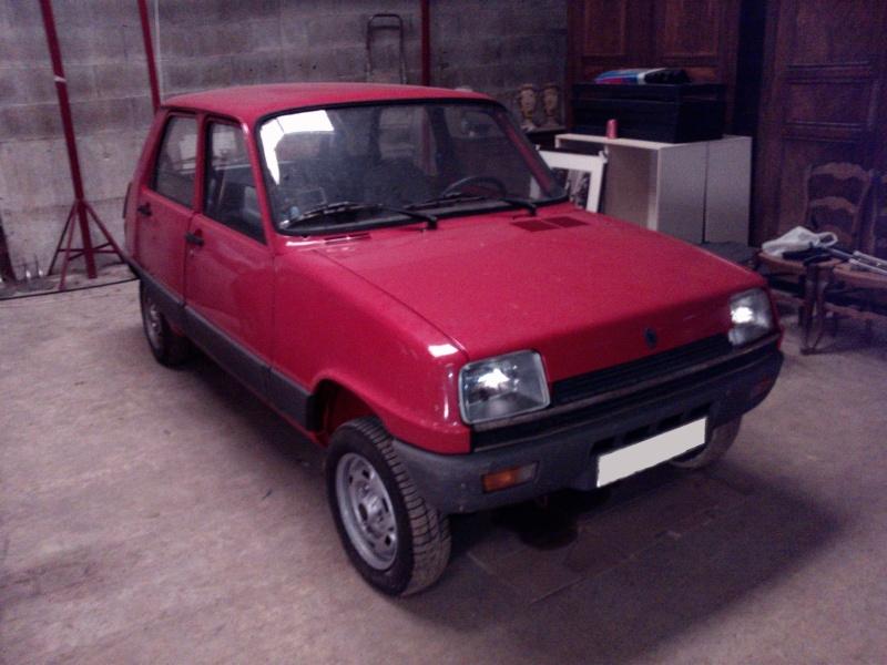 R5 GTL rouge 5 portes de 1981 P1949011