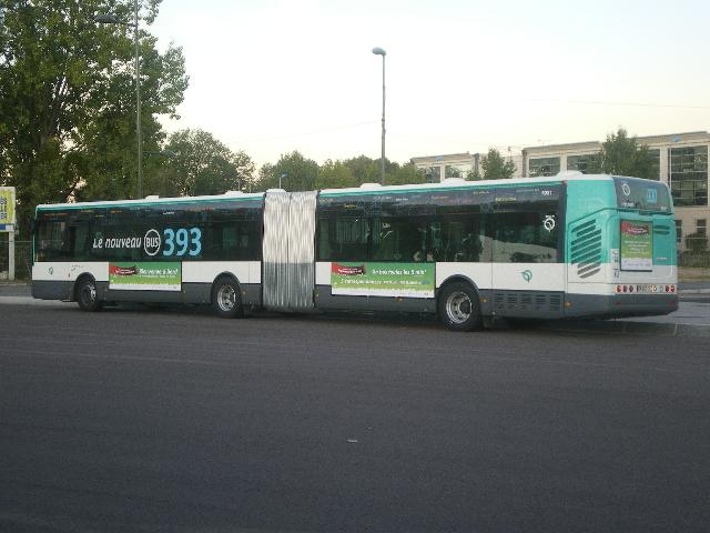 Restructuration du réseau bus de Créteil (10 Septembre 2011 / 08 Octobre 2011) - Page 3 Imgp1117