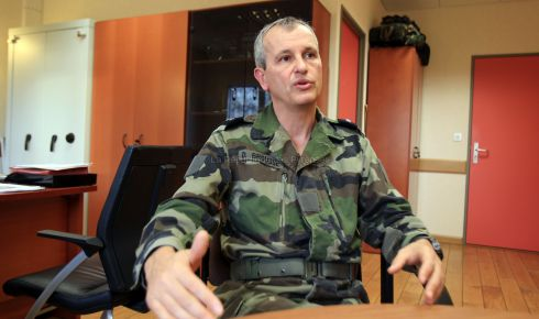 Le général Didier Brousse : « Nous exerçons un métier exigeant et à risques » 2012_110