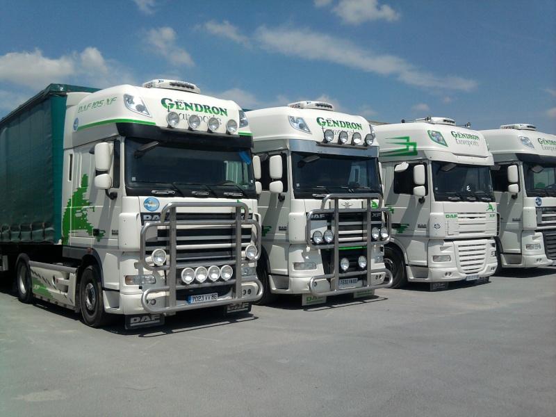 voila mon camion et ceux de ma boite  2011-010