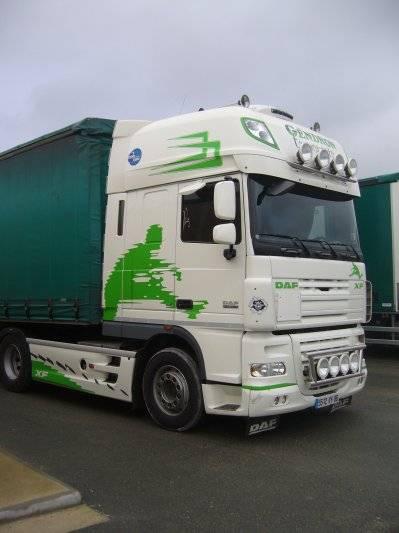 voila mon camion et ceux de ma boite  27148310