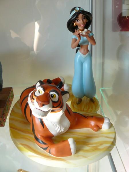 Walt Disney Classics Collection - Enesco (depuis 1992) - Page 6 P1130128