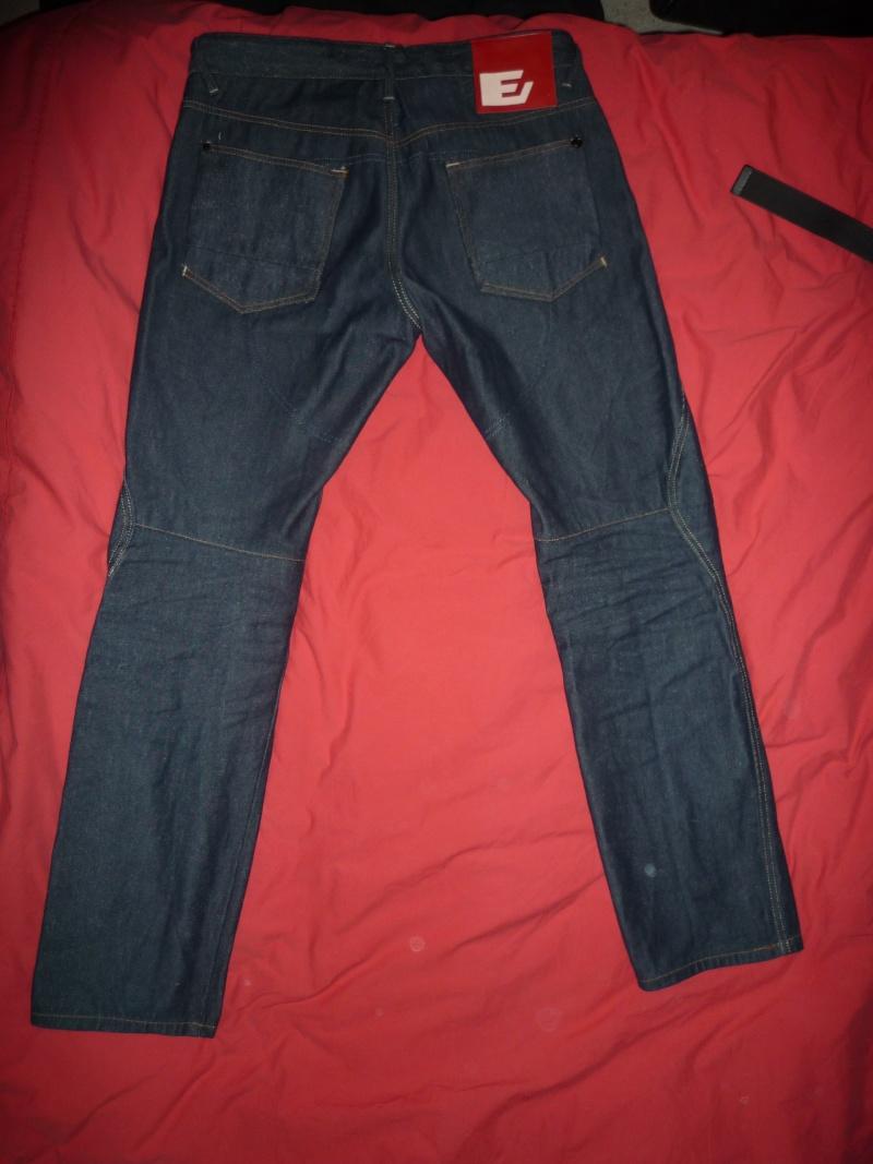 A vendre : Pantalon moto ESQUAD STEIN bleu (taille 36 US) P1010511