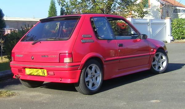 [Elmanu16] 205 GTI 1.9L Rouge 1989 102b0215