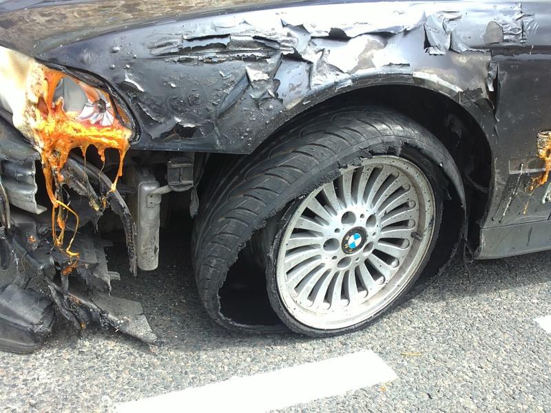 [BMW E39] Fondue par un incendie 15062012