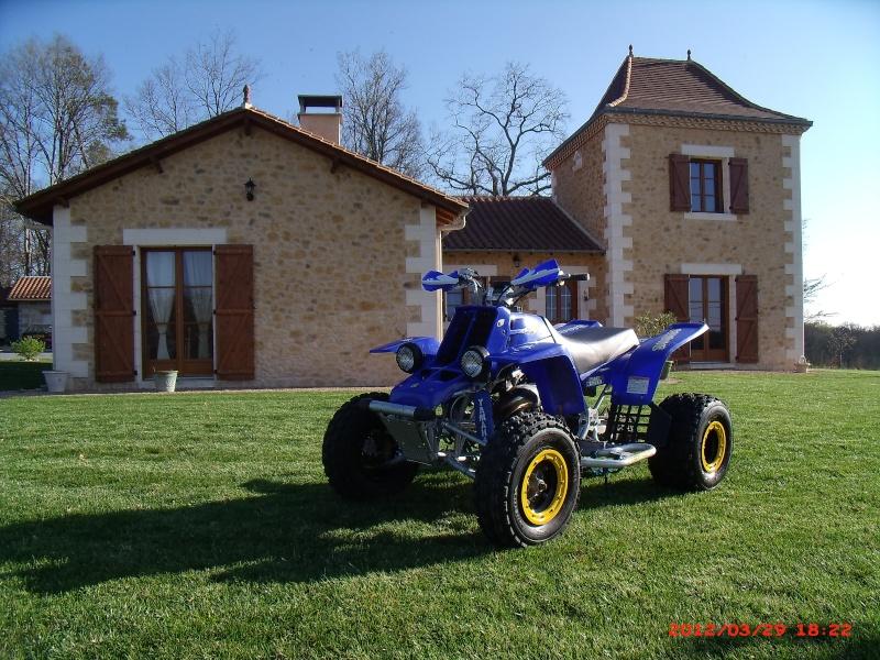 voila les photos du banshee avec ces jantes pgs racing Gedc0010