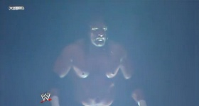 Normal Match : Undertaker vs Triple H T_h_2_10