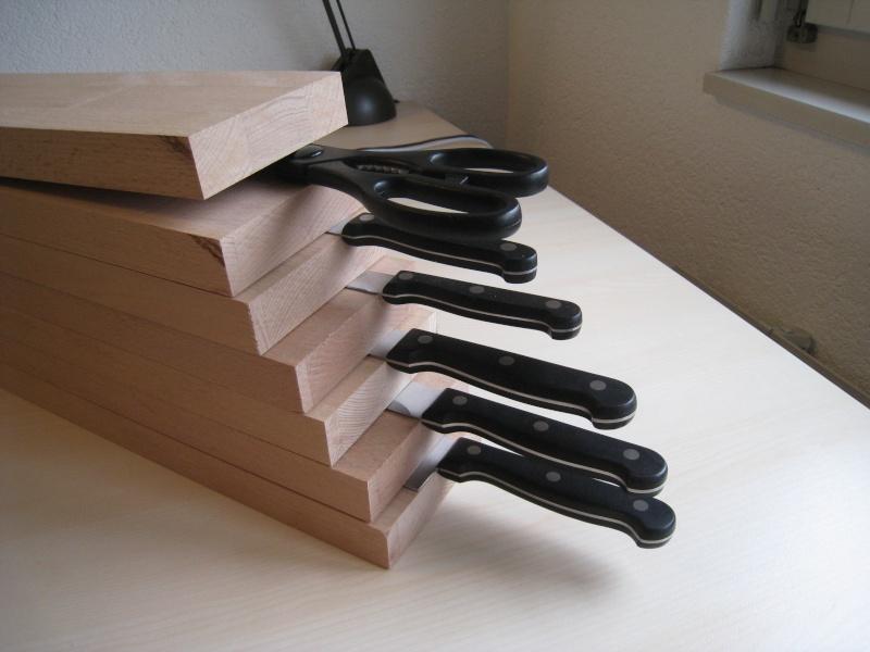 Bloc en bois pour couteaux Img_8611