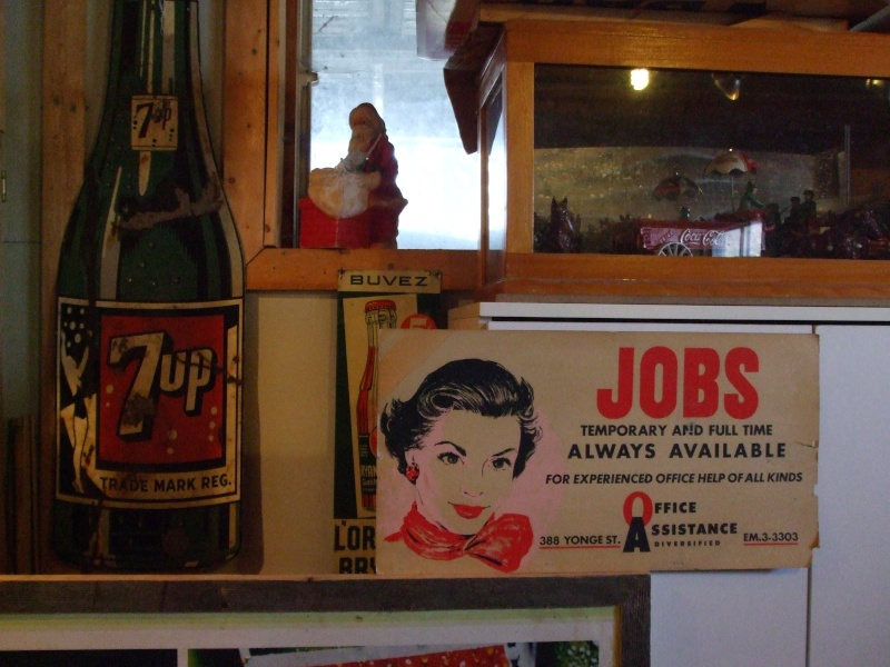 affiche en carton Jobs avec la femme  11 mai 1959 Dscf1014
