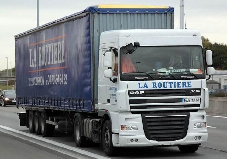 La Routiere (Cournon 63) Daf_x138