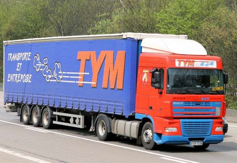 TYM (Transports Yvan Muller) (groupe Dupessey) (Illzach, 68) - Page 2 Daf_x215