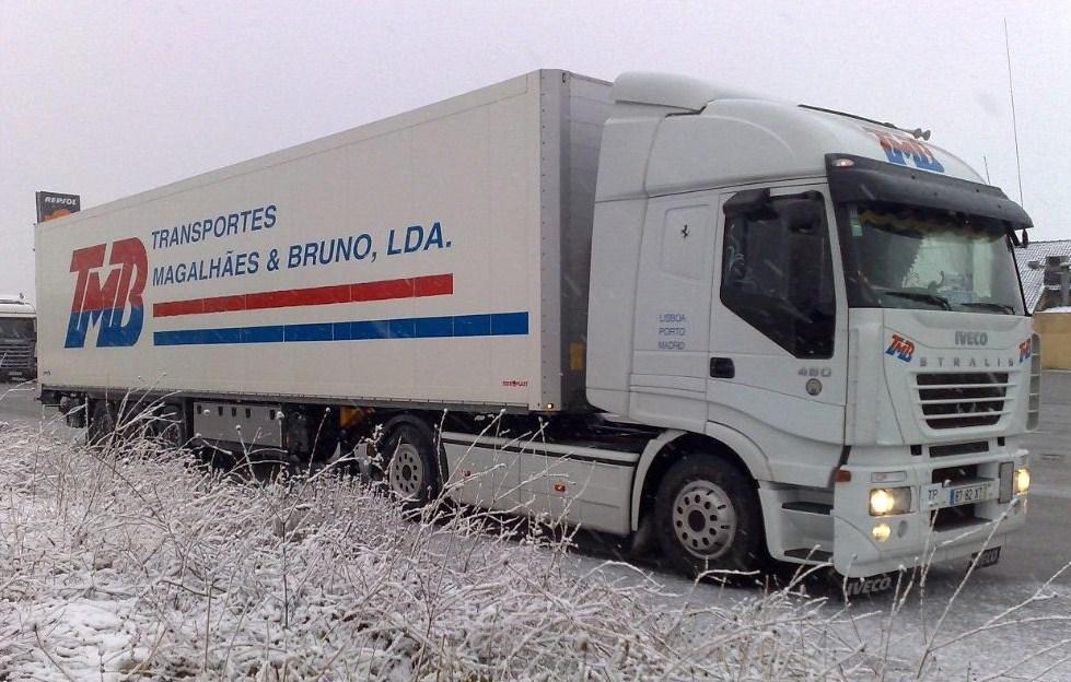 TMB (Transportes Magalhaes & Bruno Lda) Iveco233