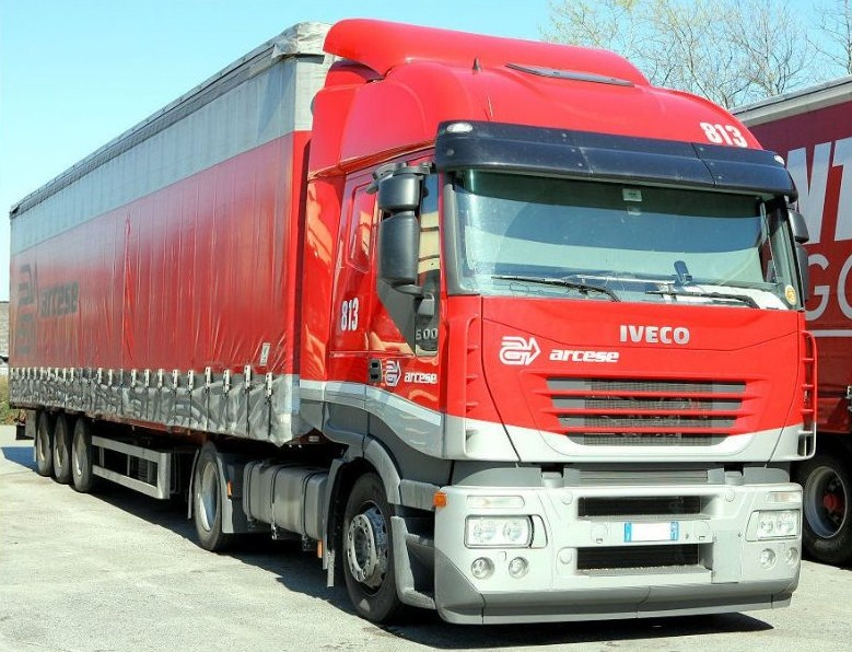 Arcese  (Arco) - Page 3 Iveco236