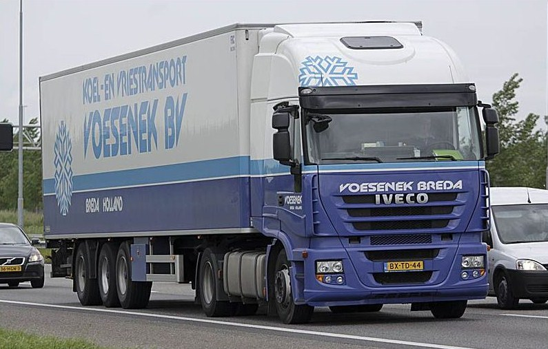 Voesenek (Breda) Iveco401