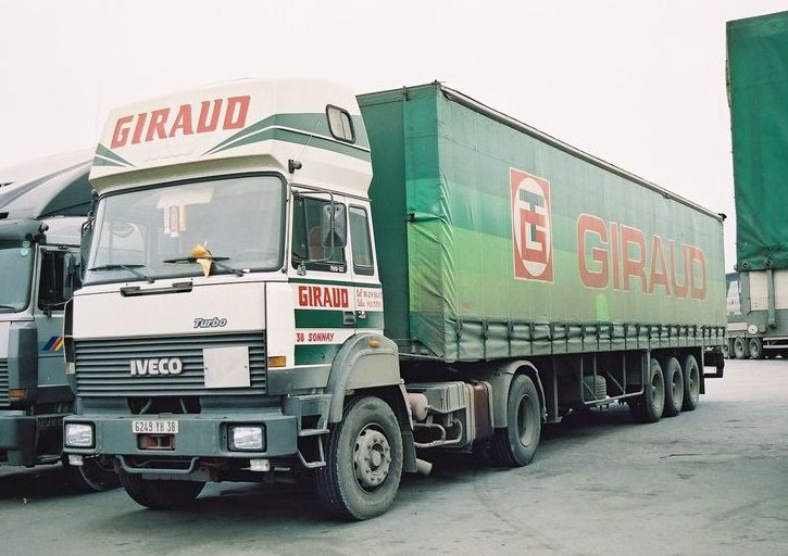 Transport Giraud (Sonnay, 38) Iveco_15