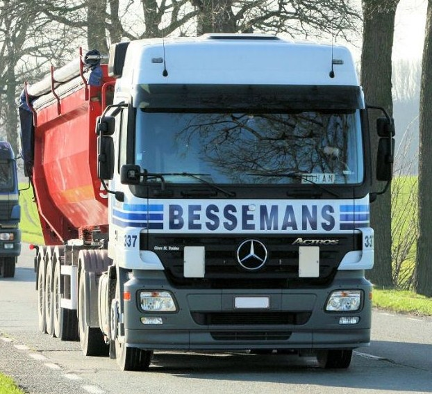Bessemans (Sint-Truiden)(groupe Vanschoonbeek) Merce426