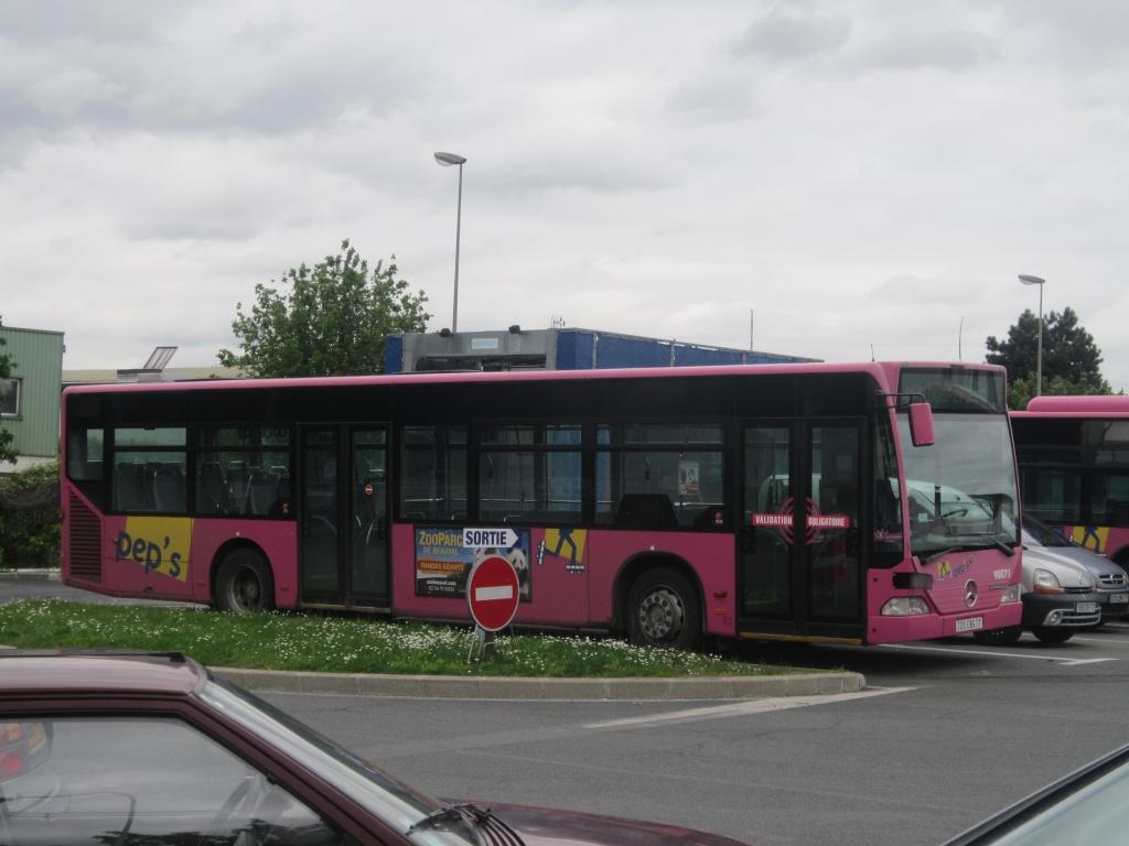 Cars et Bus d'Ile de France - Page 2 Merce588