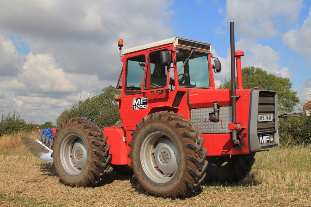 Massey Ferguson (Royaume Uni) Mf_12010