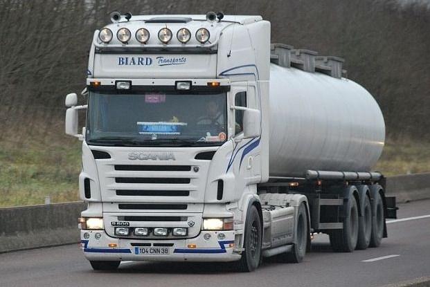 Biard Transports (Veyrins-Thuellin, 38) Scani201