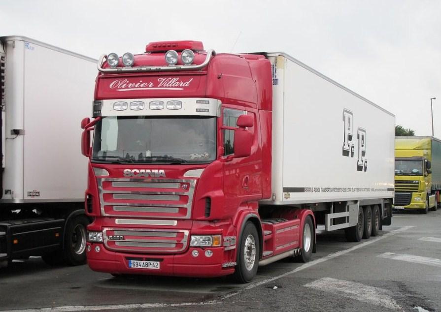 Transports Villard (Chalain Le Comtal 42)  Scani732