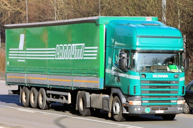Lannutti (Cuneo) - Page 3 Scania84