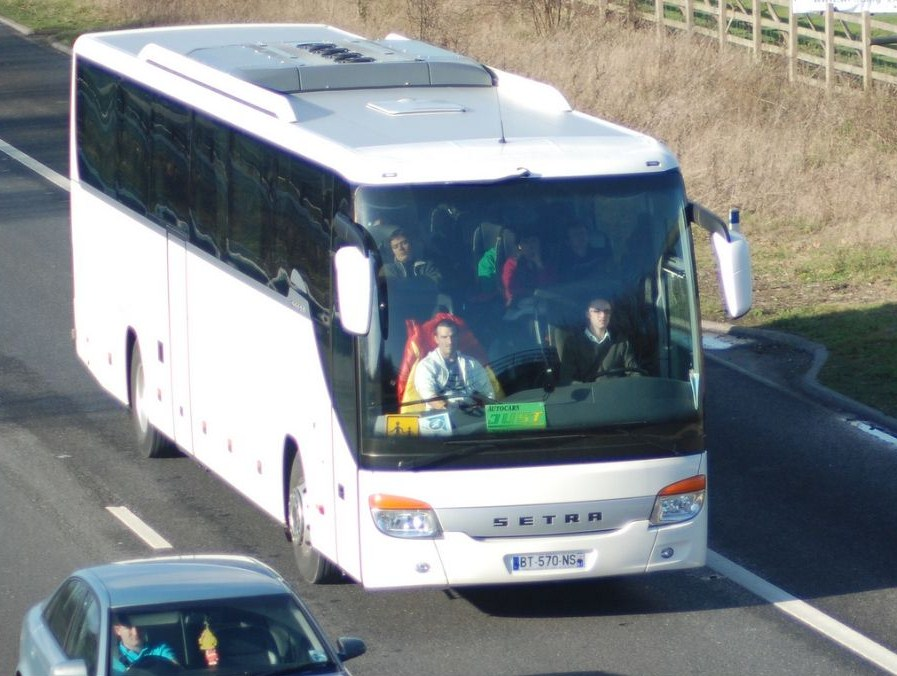 Cars et Bus de la région Rhone Alpes - Page 5 Setra_13