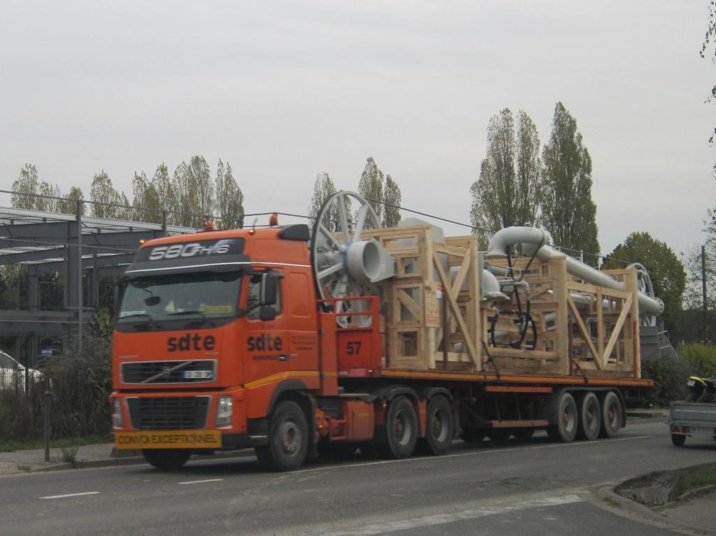 SDTE (Société Dunkerquoise de Transports Exceptionnels) (Dunkerque 59) Volv1018