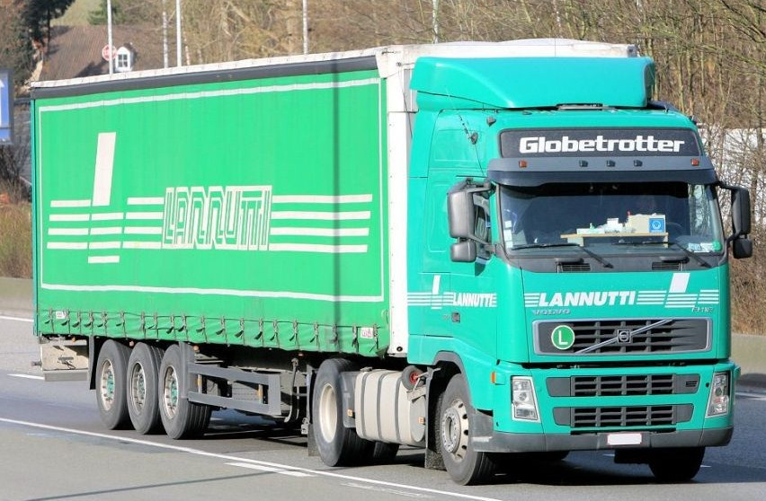 Lannutti (Cuneo) - Page 4 Volvo511