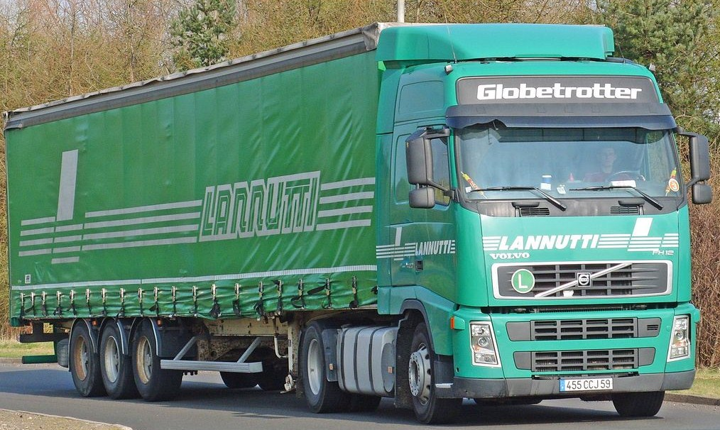 Lannutti (Cuneo) - Page 4 Volvo562