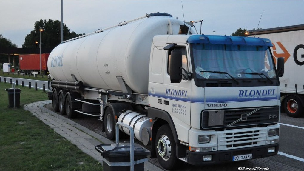 Blondel (Thann) (68)(groupe Brun Invest) Volvo630