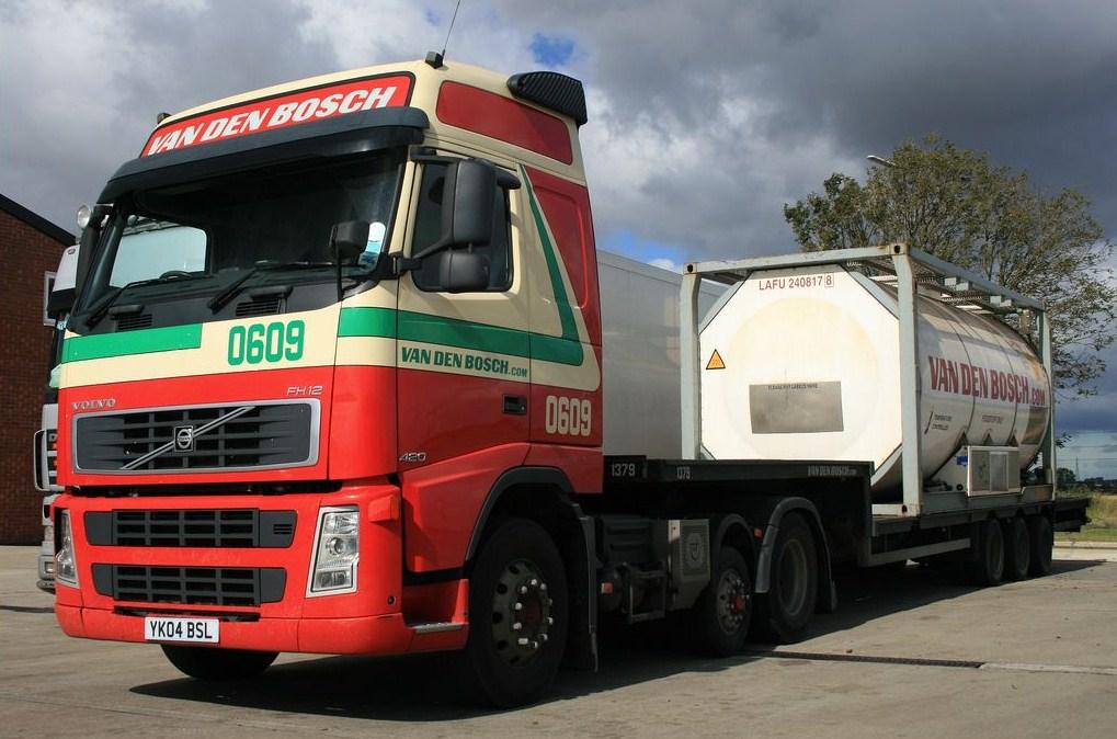 Van Den Bosch (Erp) Volvo784