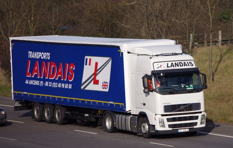 Jean Luc. Landais  (Ancenis 49) Volvo924