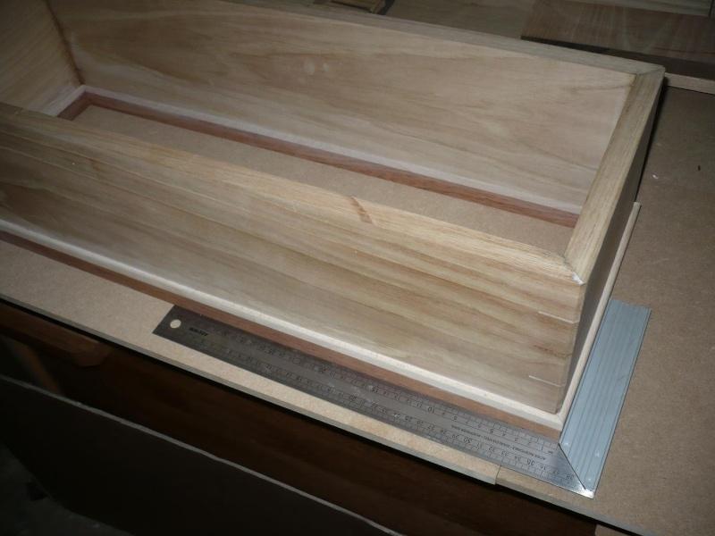 fabrication d'une boite à bijoux hors normes P1030335