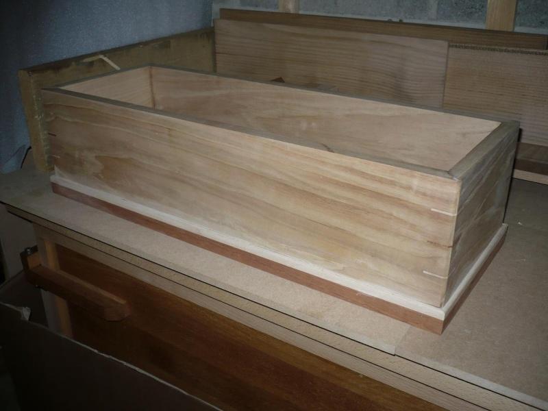 fabrication d'une boite à bijoux hors normes P1030336
