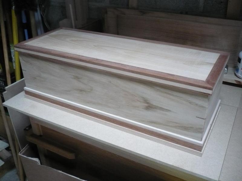fabrication d'une boite à bijoux hors normes P1030341