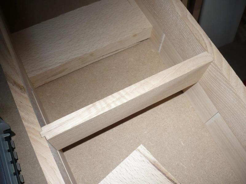 fabrication d'une boite à bijoux hors normes - Page 2 P1030354