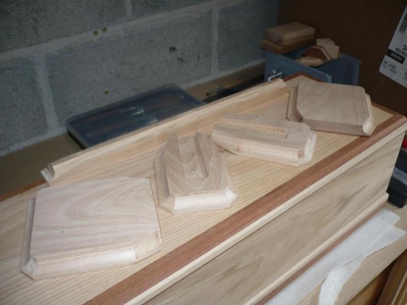 fabrication d'une boite à bijoux hors normes - Page 3 P1030426
