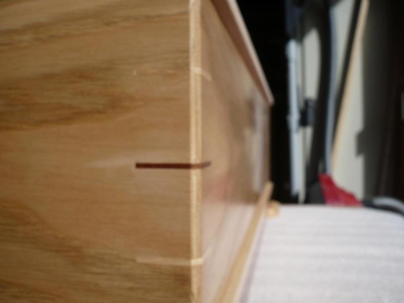 fabrication d'une boite à bijoux hors normes - Page 3 P1030437