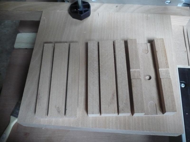 fabrication d'une boite à bijoux hors normes - Page 4 P1030519