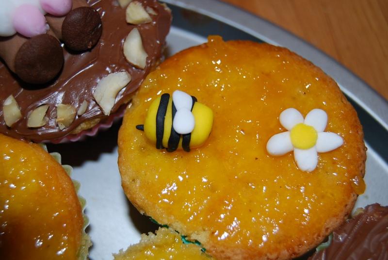 abeille et ruche - Page 2 Dsc_0013