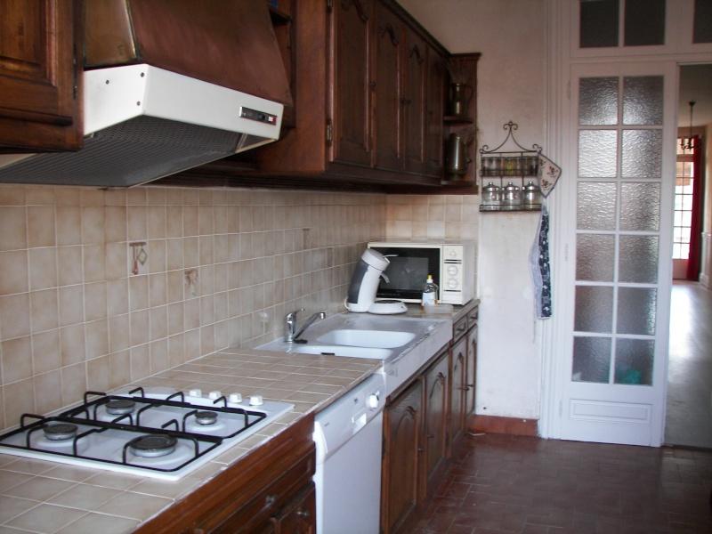 Réhausser un plan de travail de cuisine 01410