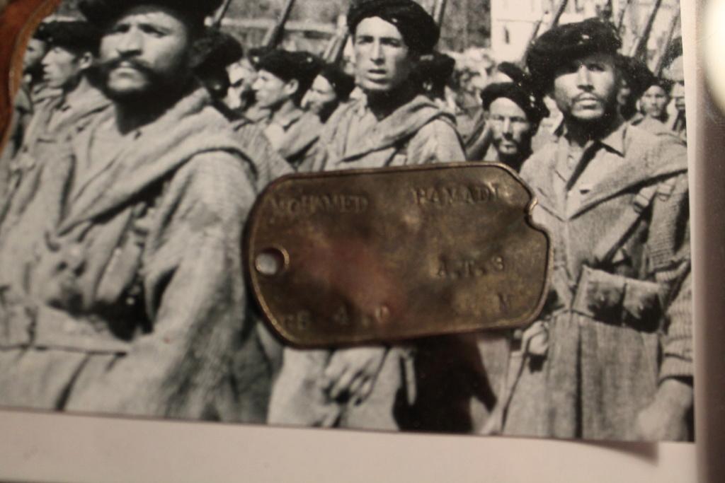 plaque tabor et insigne  Img_1842