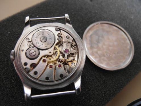 Jaeger -  [Le TOPIC des demandes d'IDENTIFICATION et RENSEIGNEMENTS de montres est ICI] - Page 39 Zentra10