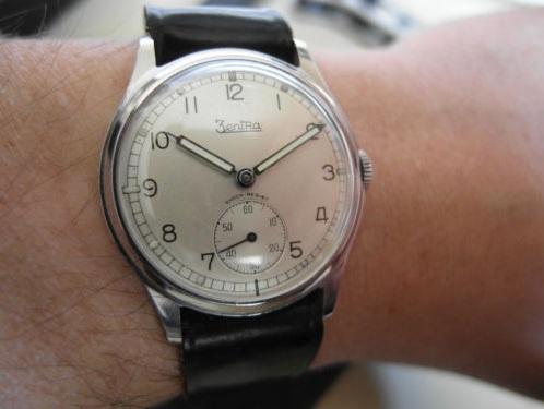 Jaeger -  [Le TOPIC des demandes d'IDENTIFICATION et RENSEIGNEMENTS de montres est ICI] - Page 39 Zentra11