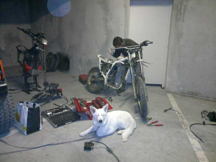 Je sais c'est une Honda pitié pas la lapidation!!! 52358210